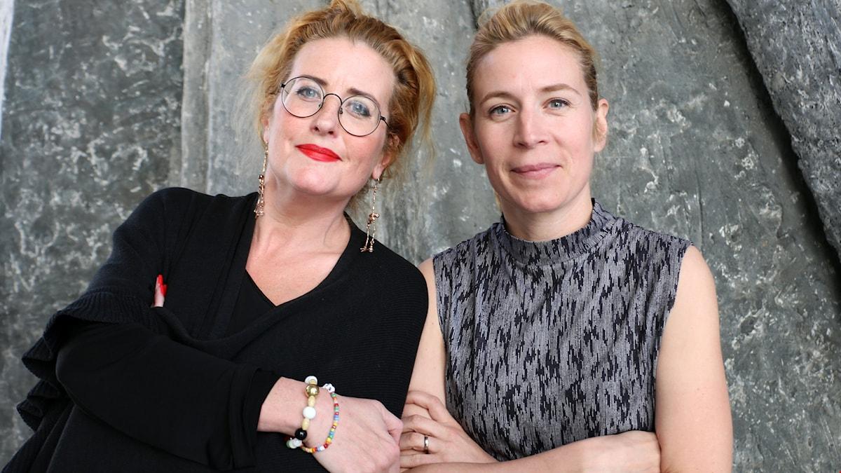 Ulrica Schenström - seniorkonsult Hallvarson & Halvarson och Karin Pettersson politisk chefredaktör Aftonbladet är båda med i podden Åsiktskorridoren.