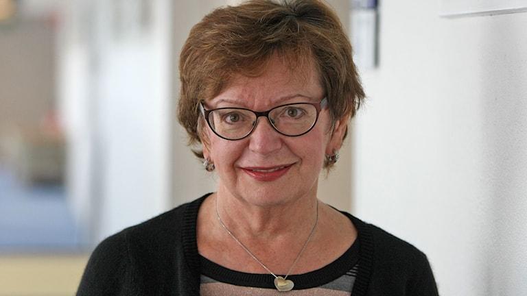 Ludmila Pöppel, docent i rysk lingvistik vid Stockholms universitet