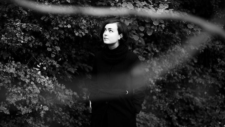 Klara Lewis, musiker. Foto: Tom Medwell.