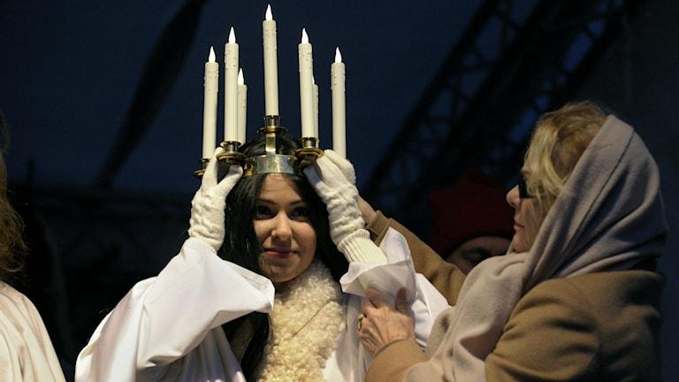 I december varje år firar vi minnet av den kristna martyren Lucia. Här är 2011 års ljusbärerska. Foto: Jan-Erik Henriksson/TT