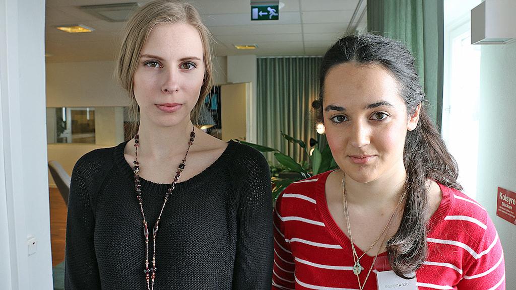 Hanna Wagenius, Centerpartiets ungdomsförbund och Therese Johansson. Foto:Alfred Wreeby/Sveriges Radio