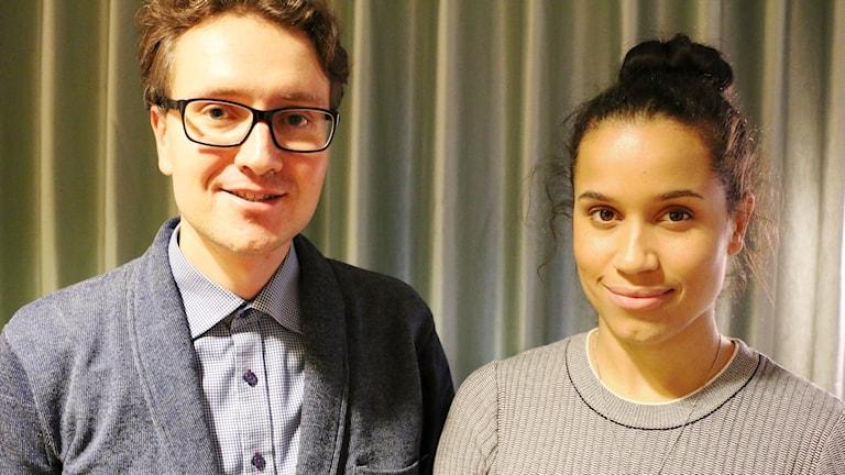 Sanna Gibbs och Dmitry Tyapkin från Operan ger en La Bohème omklädd i en skandinavisk skrud. Foto: Ronnie Ritterland / Sveriges Radio