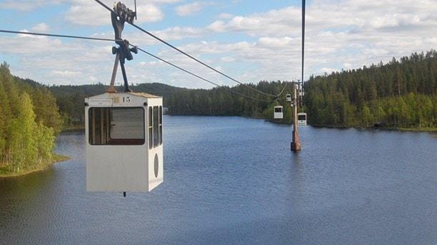 Linbanan mellan Örträsk och Mensträsk i Norsjö kommun, världens längsta linbana och ursprungligen byggd för transport av kopparmalmklumparna från Kristinebergsgruvan. Foto: Viktor Hariz / Sveriges Radio