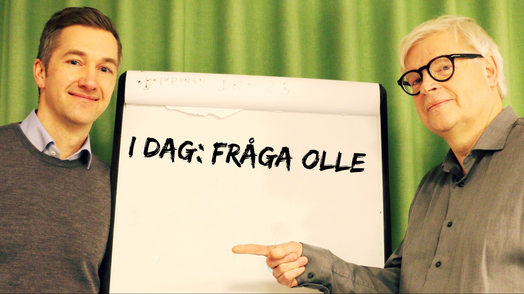 Thomas Nordegren har bjudit in Olle Zachrisson som är ny chef för Ekot till studion. Foto: Cecilia Djurberg/ Sveriges Radio