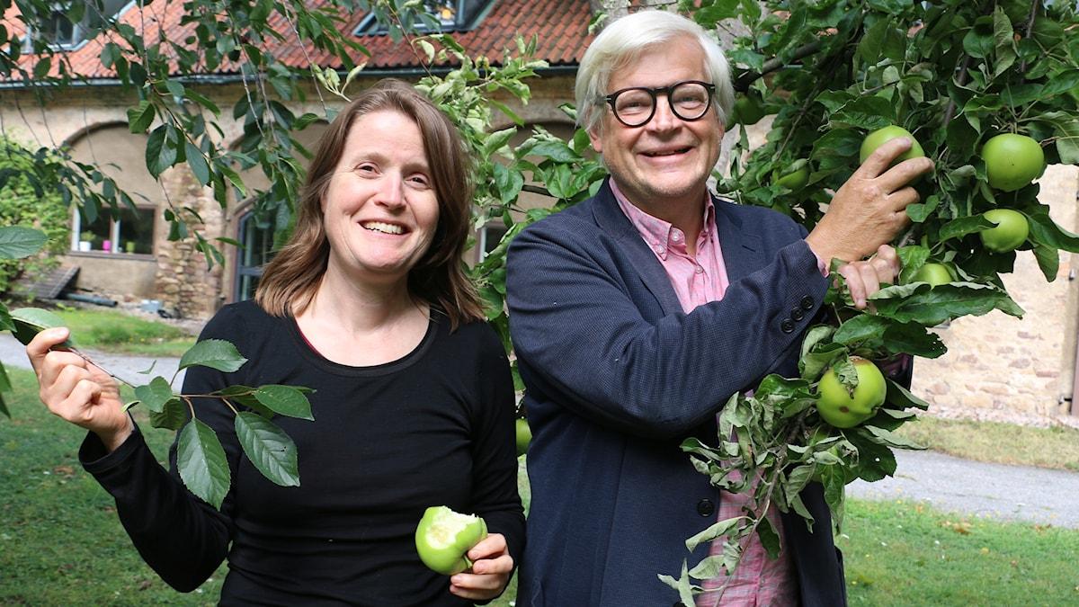 Louise Epstein och Thomas Nordegren i Radioparken inför höstens säsongspremiär av programmet 2016.
