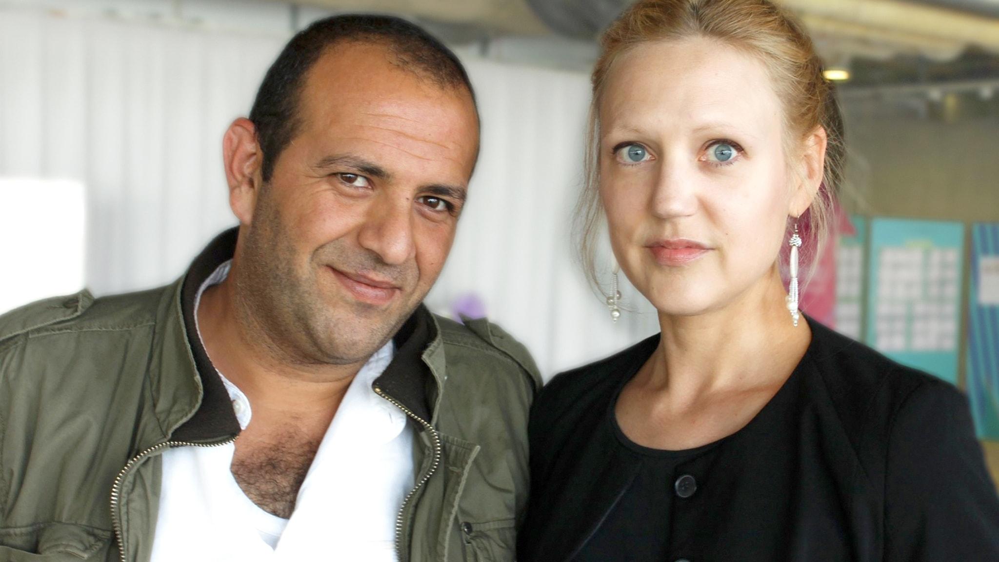Tammam Hunidy läser upp en irakisk dikt av poeten och skribenten Helena Boberg.