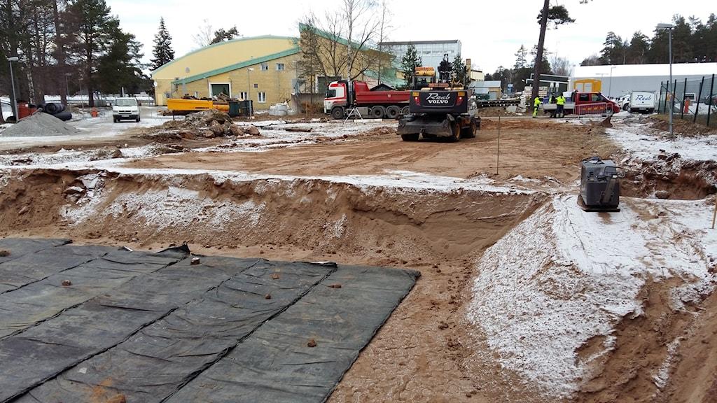 Byggarbetsplats där rännan ska byggas