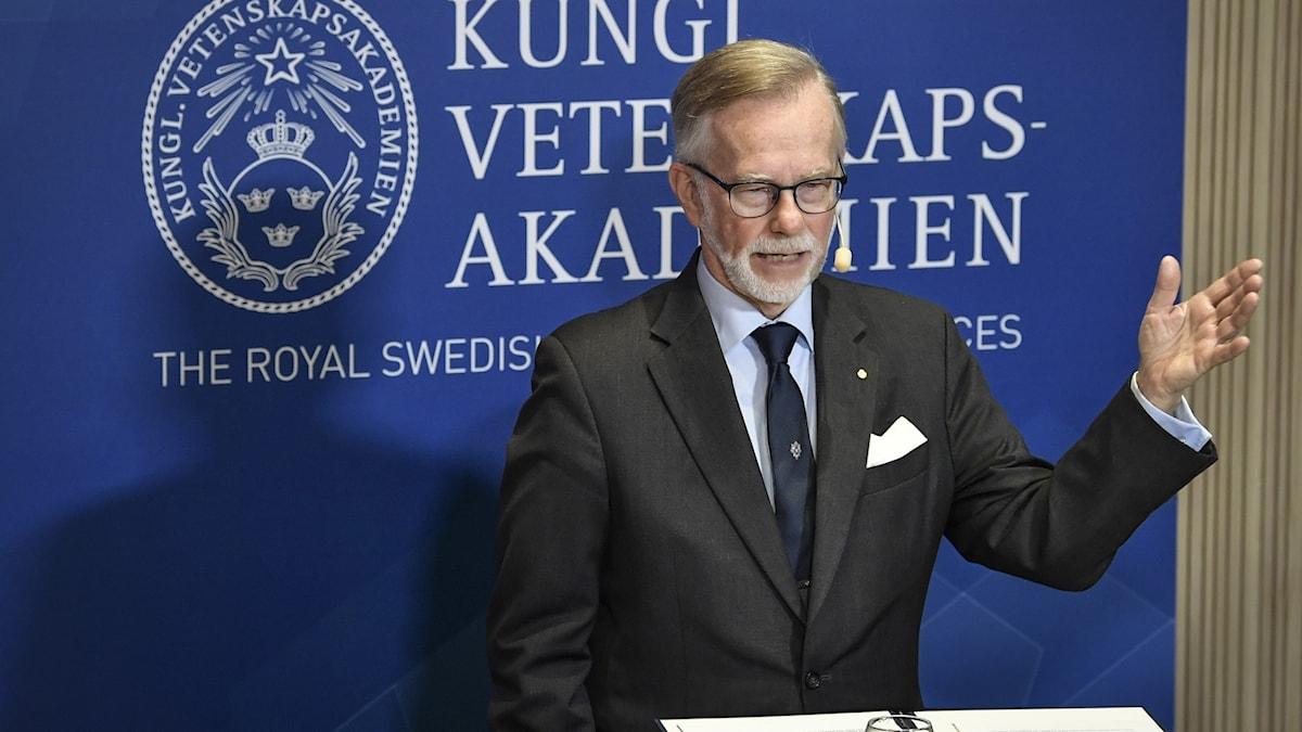 Göran K. Hansson under den digitala presskonferensen.