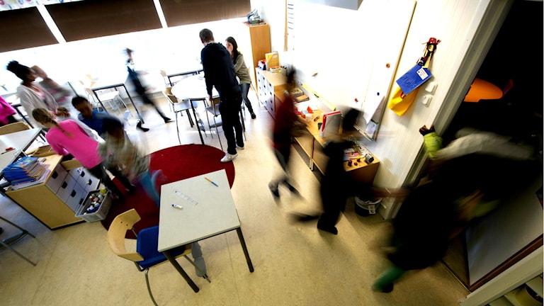 Oskarpa elever i klassrum