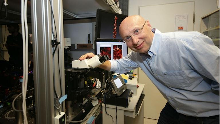 Am Mittwoch wird Stefan Hell in Stockholm der Nobelpreis in Chemie verliehen (Foto: TT)