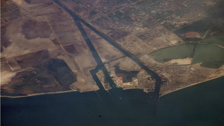Satellitfoto av Suezkanalen. Foto: NASA