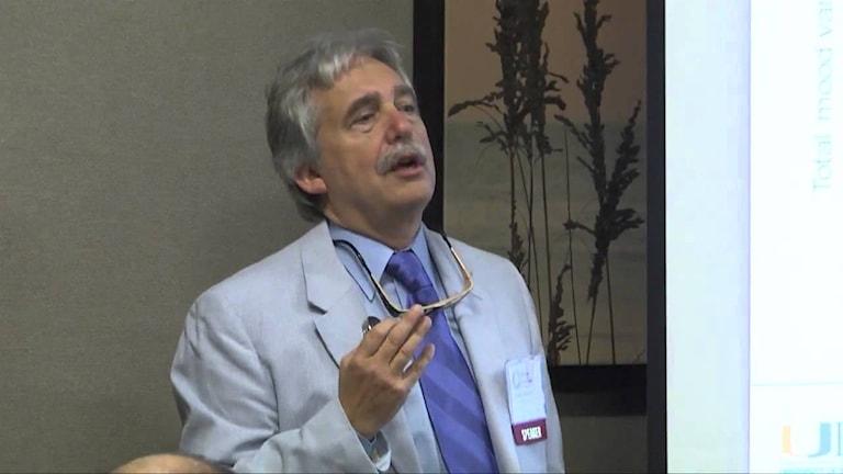 Senatsutredningen kring Dr. Charles Nemeroffs externa miljoninkomster startade arbetet som ledde till NIHs nya regler. Foto: Youtube FLPartnersinCrisis