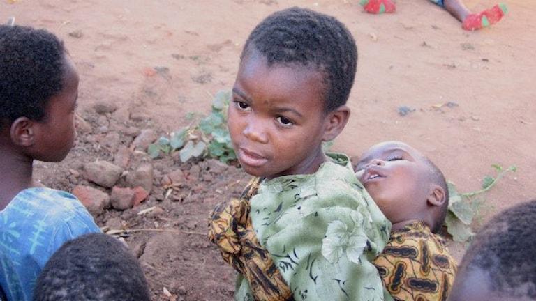Barn till vuxna som har dött i hiv/aids i Malawi.