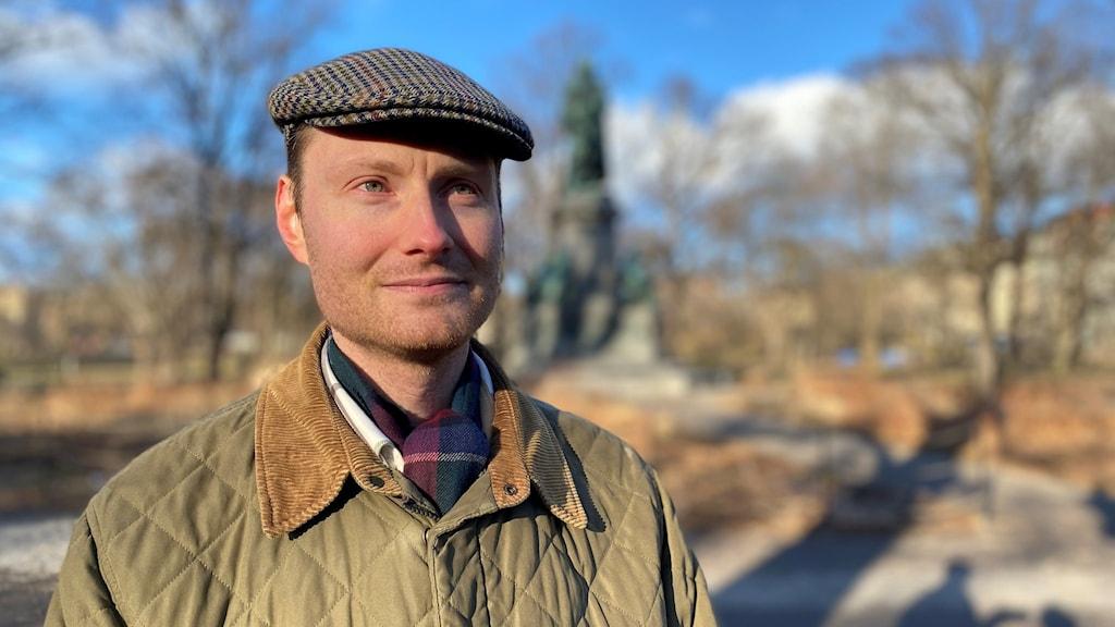 Fredrik Charpentier i Humlegårdsparken i Stockholm.
