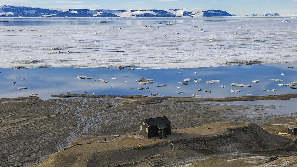 Otto Nordenskjölds övervintringsstation vid Snow Hill på Antarktiska halvön.