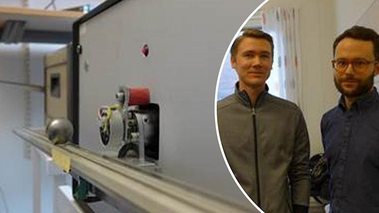 En stor silverfärgad kula balanserar på ett långt rör. Till höger i bild syns doktoranderna Per Skarin och William Tärneberg.