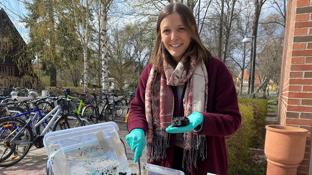 Miljöforskaren Alizée Lehoux vid Uppsala universitet