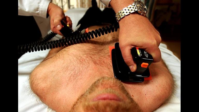 Defibrillering efter hjärtinfarkt. Foto: Björn Larsson Ask, SvD/Scanpix