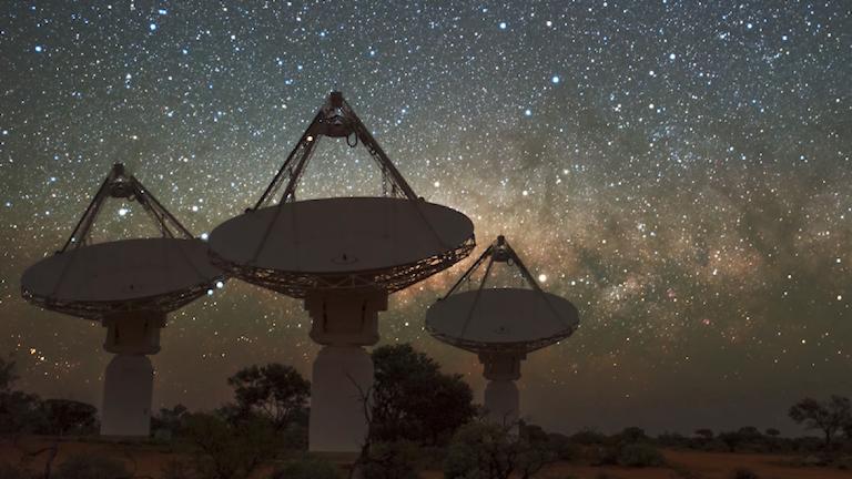 (ASKAP) radio telescope, located at CSIRO's Murchison Radio - astronomy Observatory in Western Australia