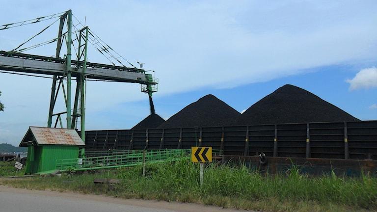 En aktiv kolgruva i Indonesien.