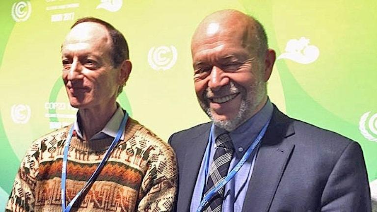 Stuart Scott och James Hansen vid klimatmötet i Bonn.