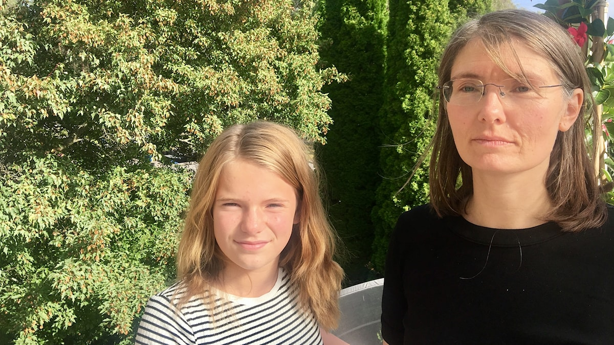 Mamma Lina Larsson tillsammans med sin dotter Svea.