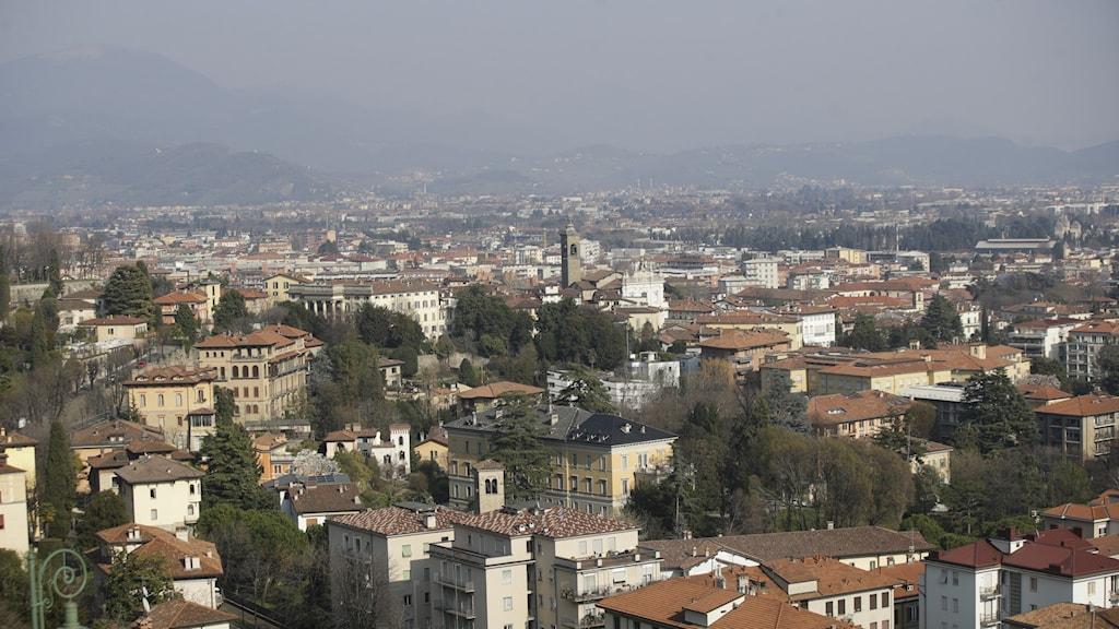 Översikt över staden Bergamo.
