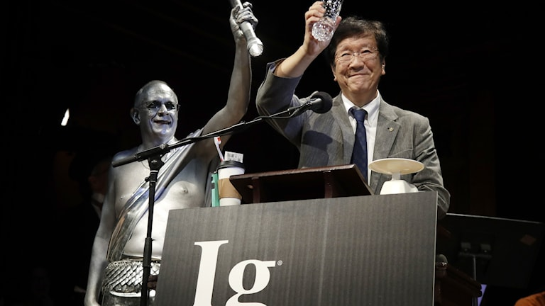 Pris delas ut vid Ig Nobel-ceremonin.
