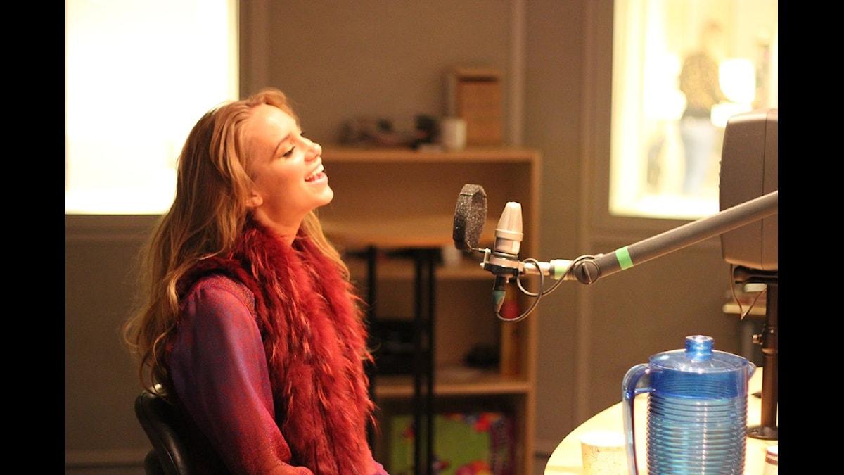 Agnes i Musikguiden-studion