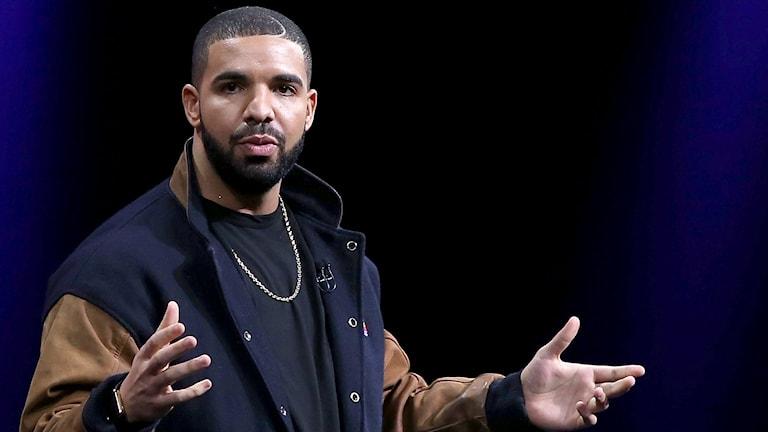 Drake under Apple-presskonferens