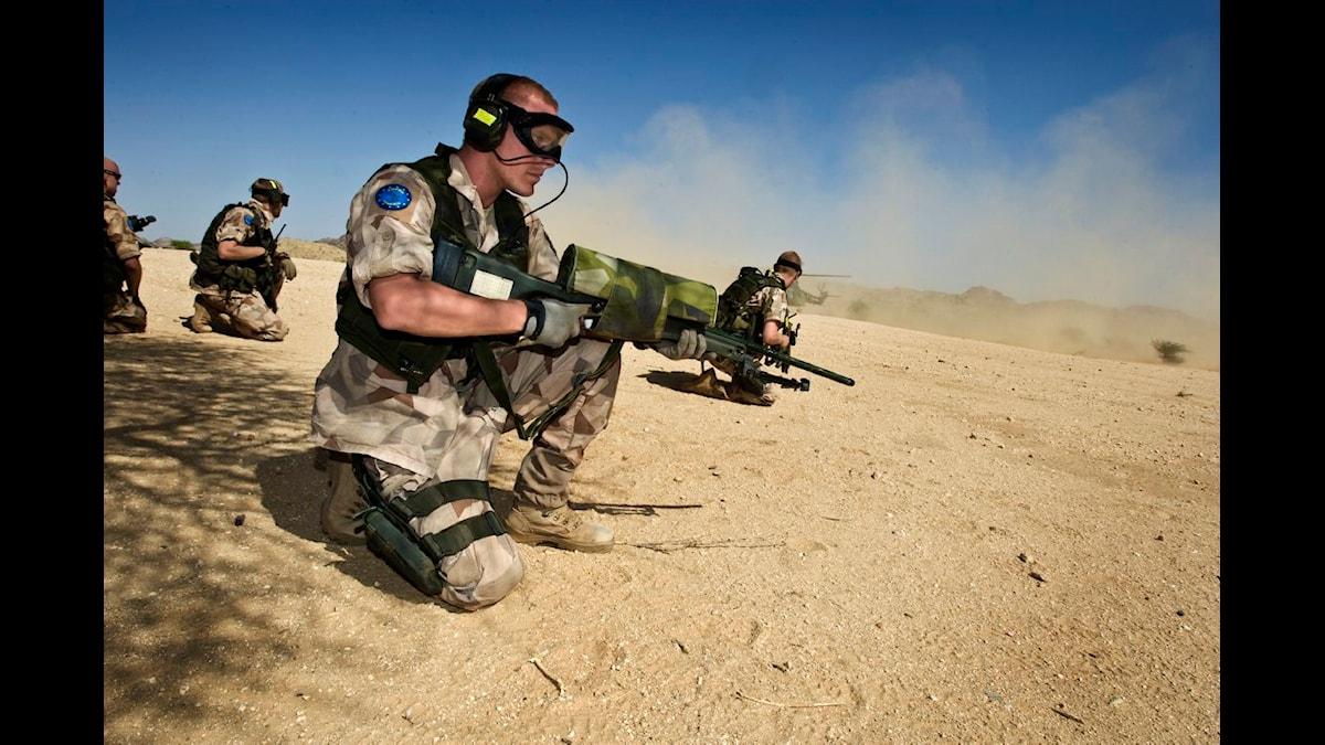 Svensk soldat i Tchad. Foto: Serg Johan Lundahl / Combat Camera TT Nyhetsbyrån