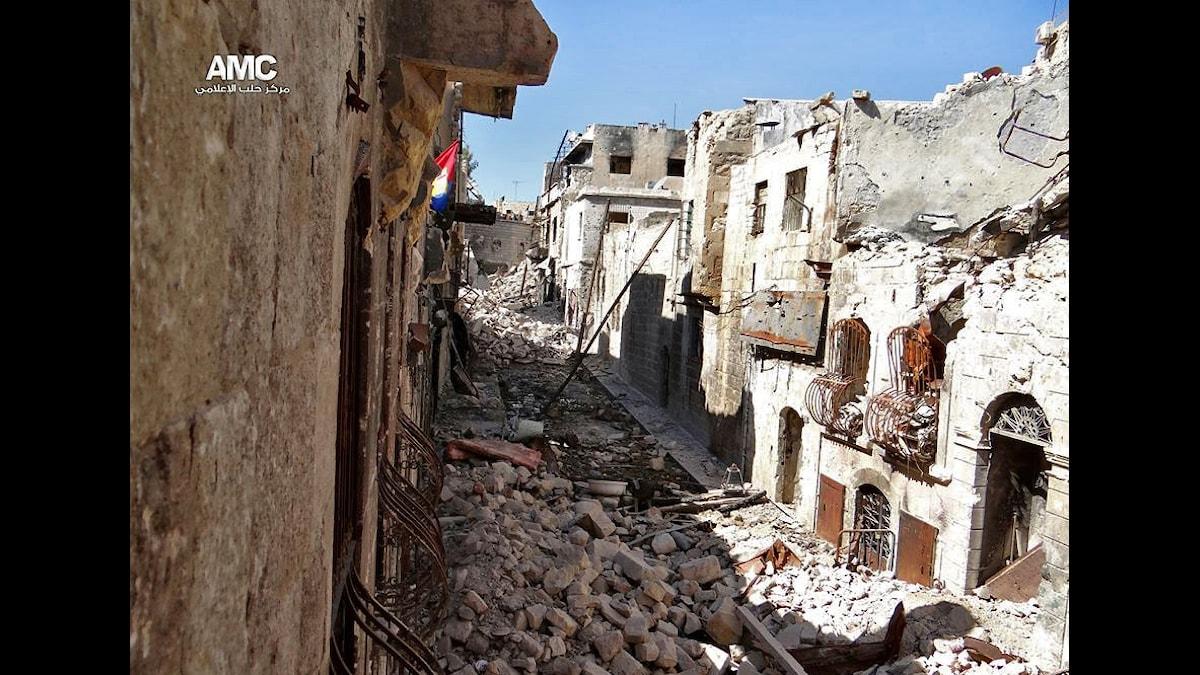 Aleppos gamla stad är hårt drabbad av inbördeskriget. Foto: AP Photo/Aleppo Media Center, AMC