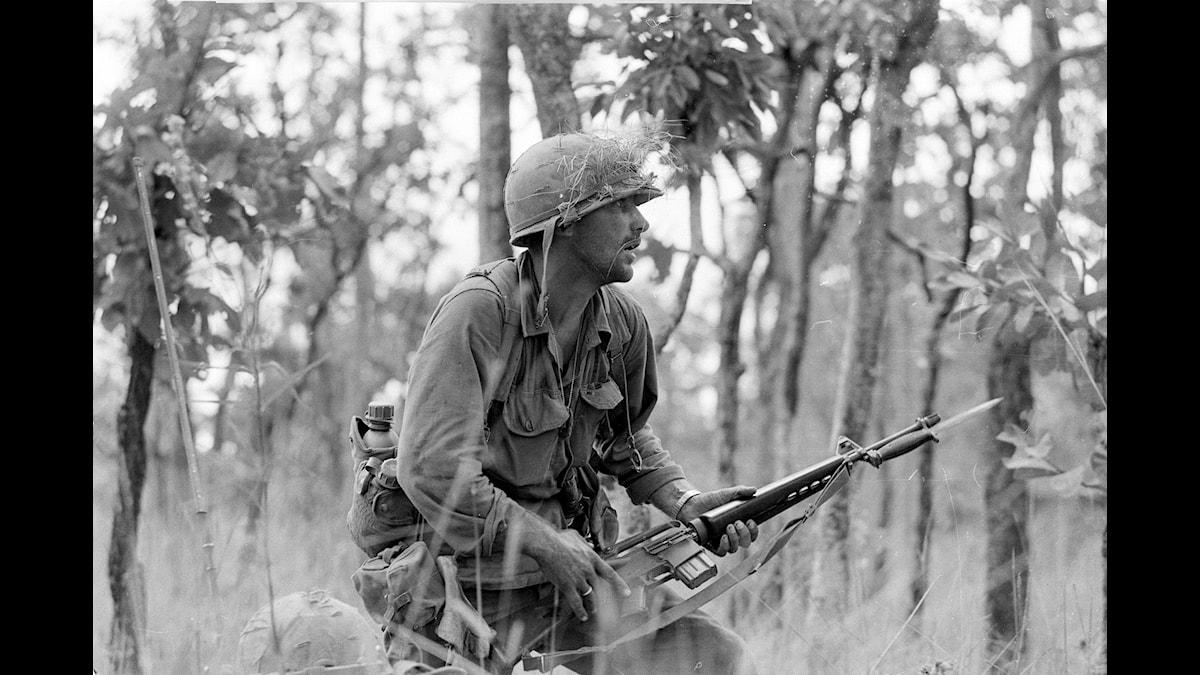 2nd Lt. R. C. 'Rick' Rescorla i Ia Drang i november 1965. Foto: Peter Arnett/AP