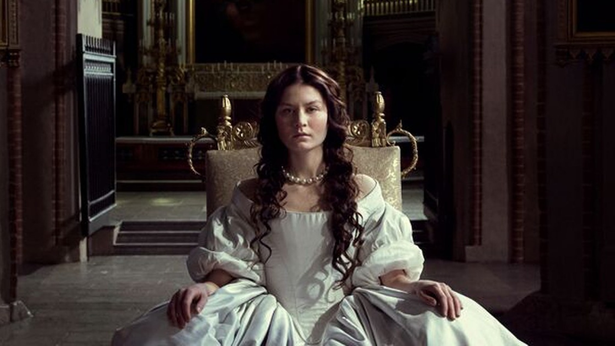 Malin Buska som drottning Kristina i The Girl King. Foto: Anagram