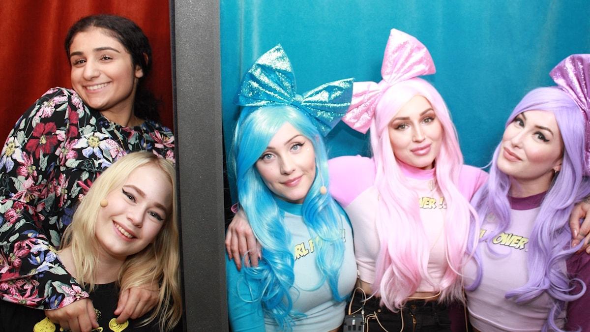 Antonia Lindholm och Karin Yaro i panelen gästas av Dolly Style.