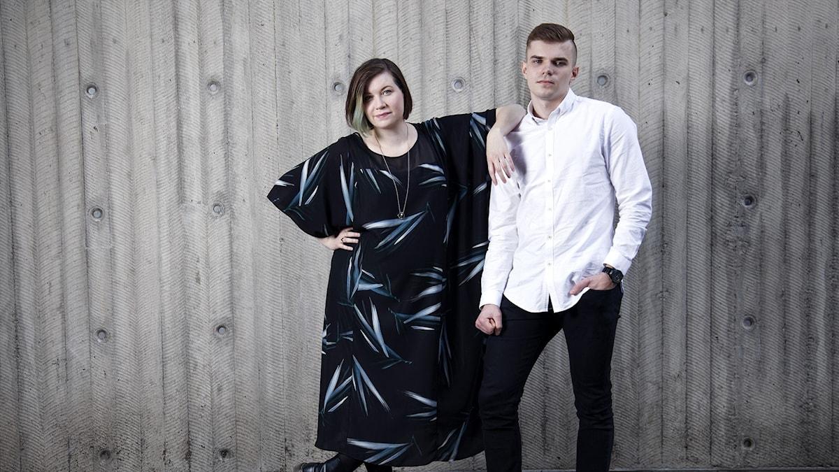"""Angelica Norgren och Oliver """"Vonethil"""" Lager programleder P3 Spels nya Overwatch-podd."""