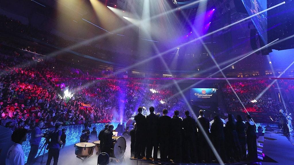 Dota 2-turneringen i en stor arena.