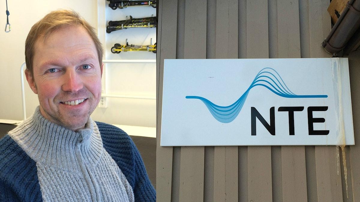 Frode Estil OS-medaljör, nu lärare på skolan i Meråker som fostrar stjärnor med hjälp av vattenkraftspengar.