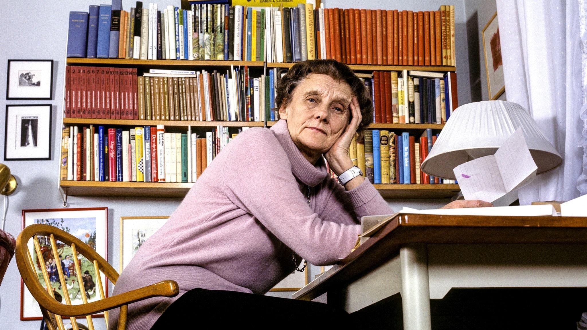 Varför satte Astrid Lindgren ut så många kommatecken?