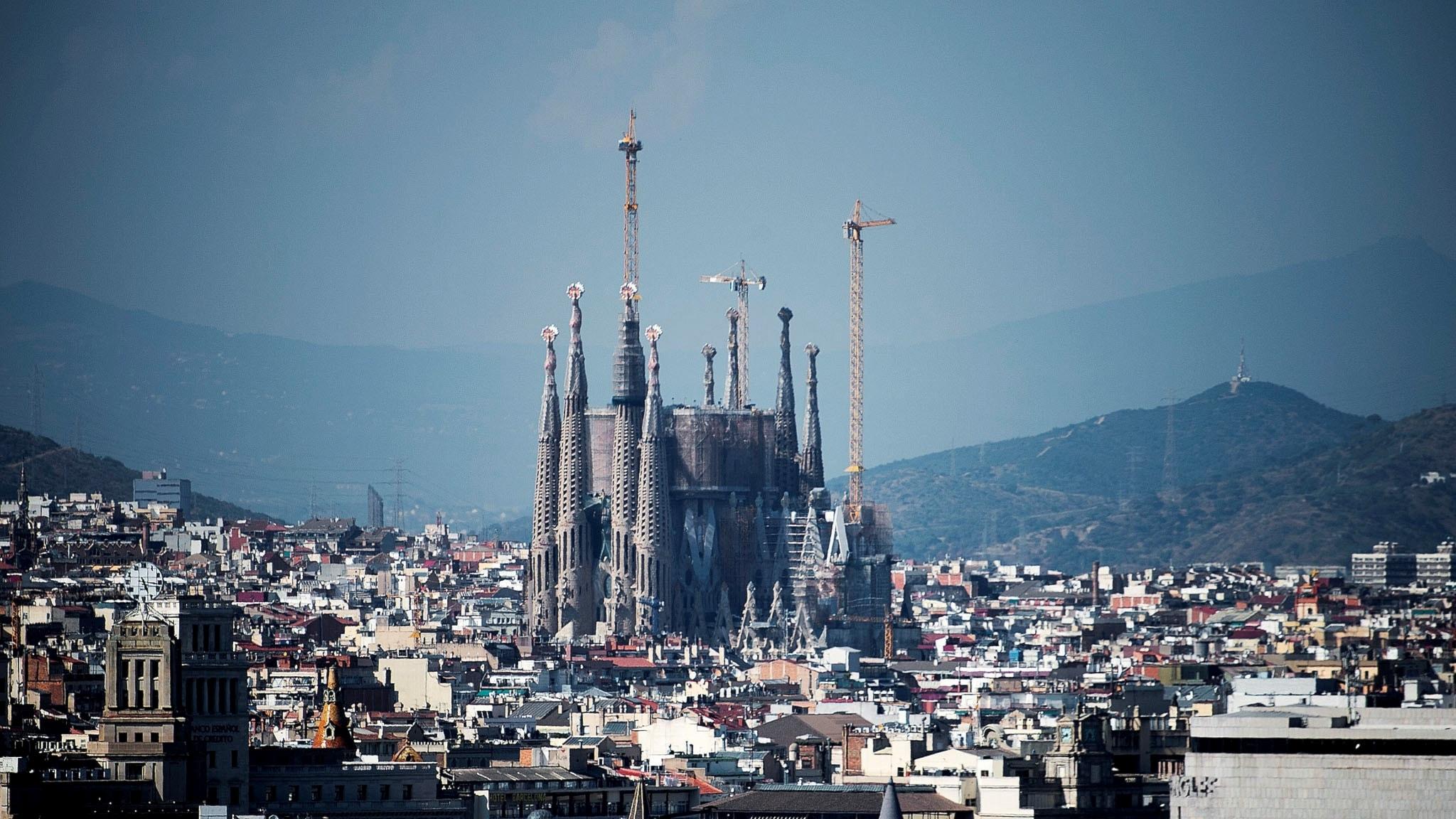 Hur uttalas huvudstaden i Katalonien?