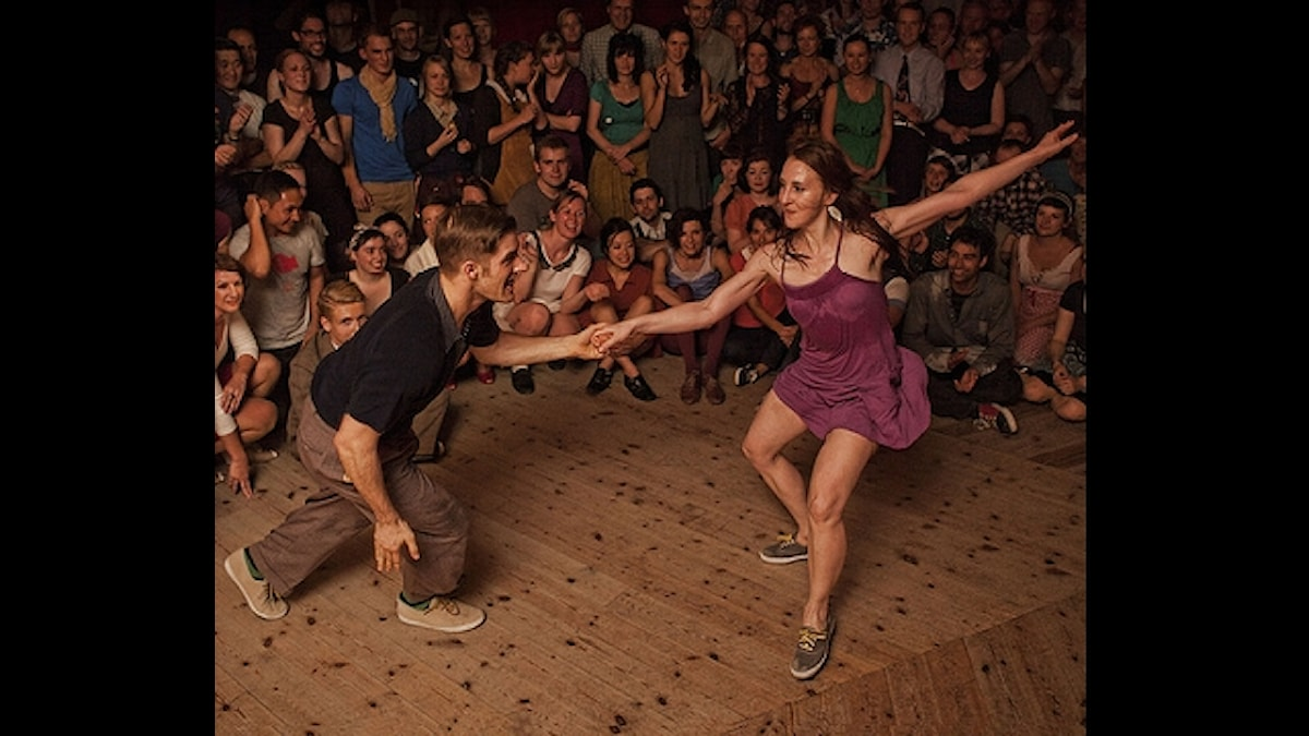 Herräng Dance Camp. Dansare Mike Roberts och Laura Glaess från Austin, Texas i USA - Foto Eric Esquivel, Frankrike