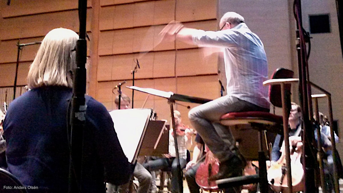 Christian Lindberg på dirigentpulten - Foto Anders Olsén