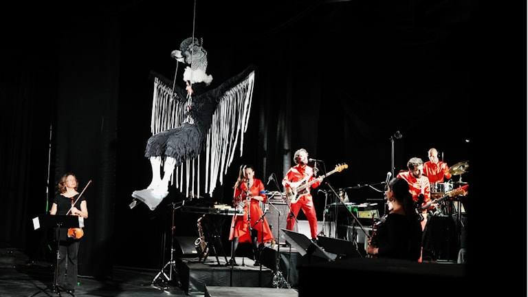 Konsert med artisten Pedro Ojeda och Meridian Brothers, i Bogotá. Foto: Lars Lovén.