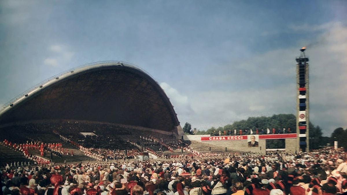 Sångarfältet i Estlands huvudstad Tallinn under Sovjettiden, 1980. Foto: Wikimedia commons.