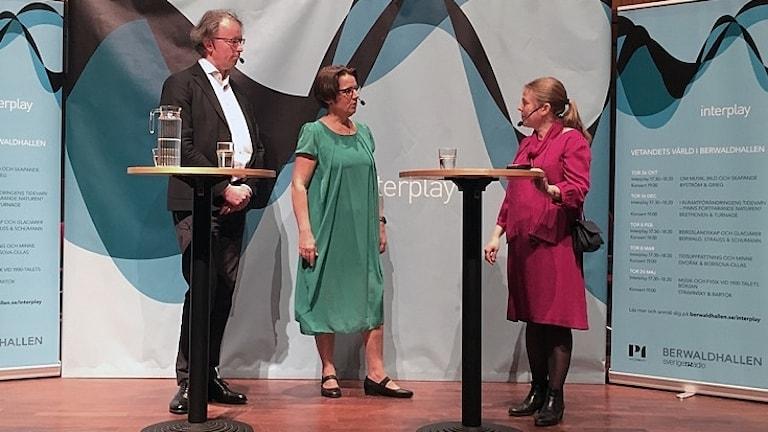 interplay,  Camilla Widebeck,  Fredrik Ullén och Britta Byström på scenen i Berwaldhallen.