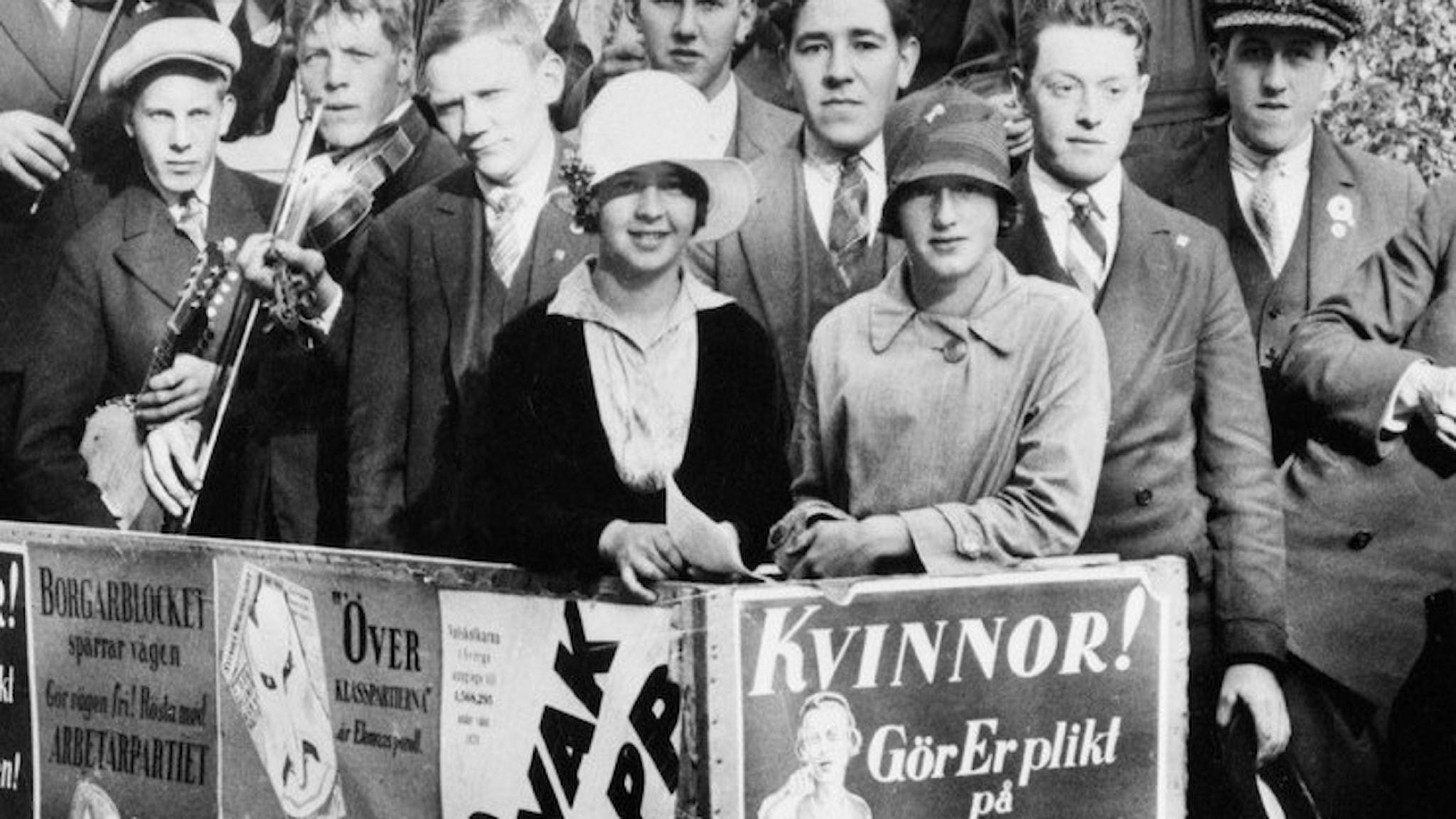 Unga människor bakom uppmaning att kvinnor ska gå och rösta