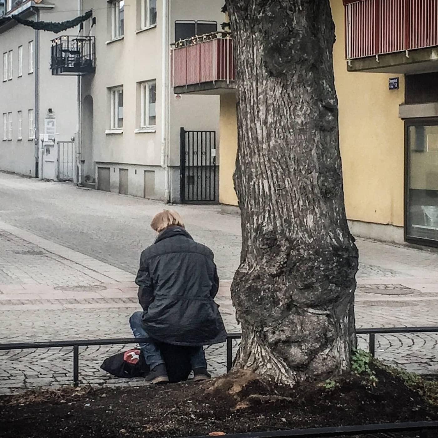 1/2. Alltid ensam - Så skadas du av ofrivillig ensamhet