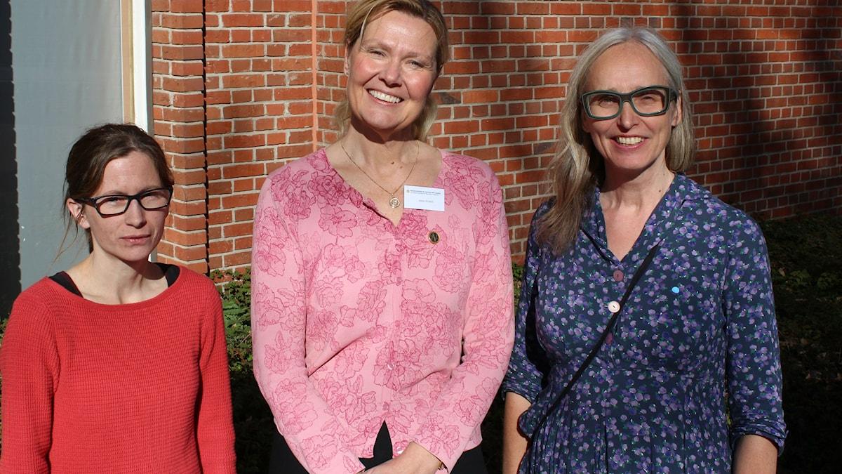 Sara Sällström, Anna Widell från Nobelkommittén och Annika Östman