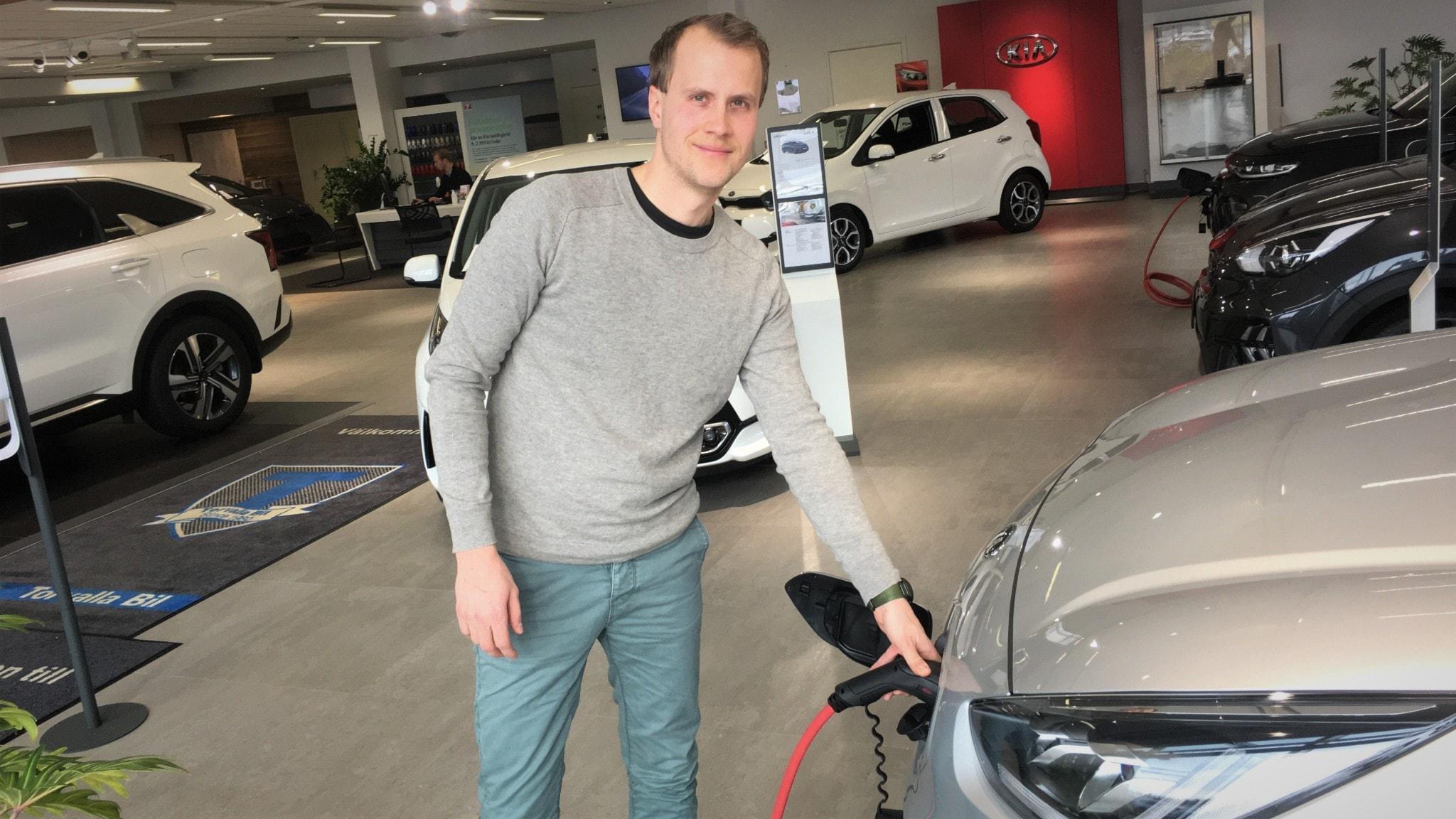 Erik Widelund, bilsäljare