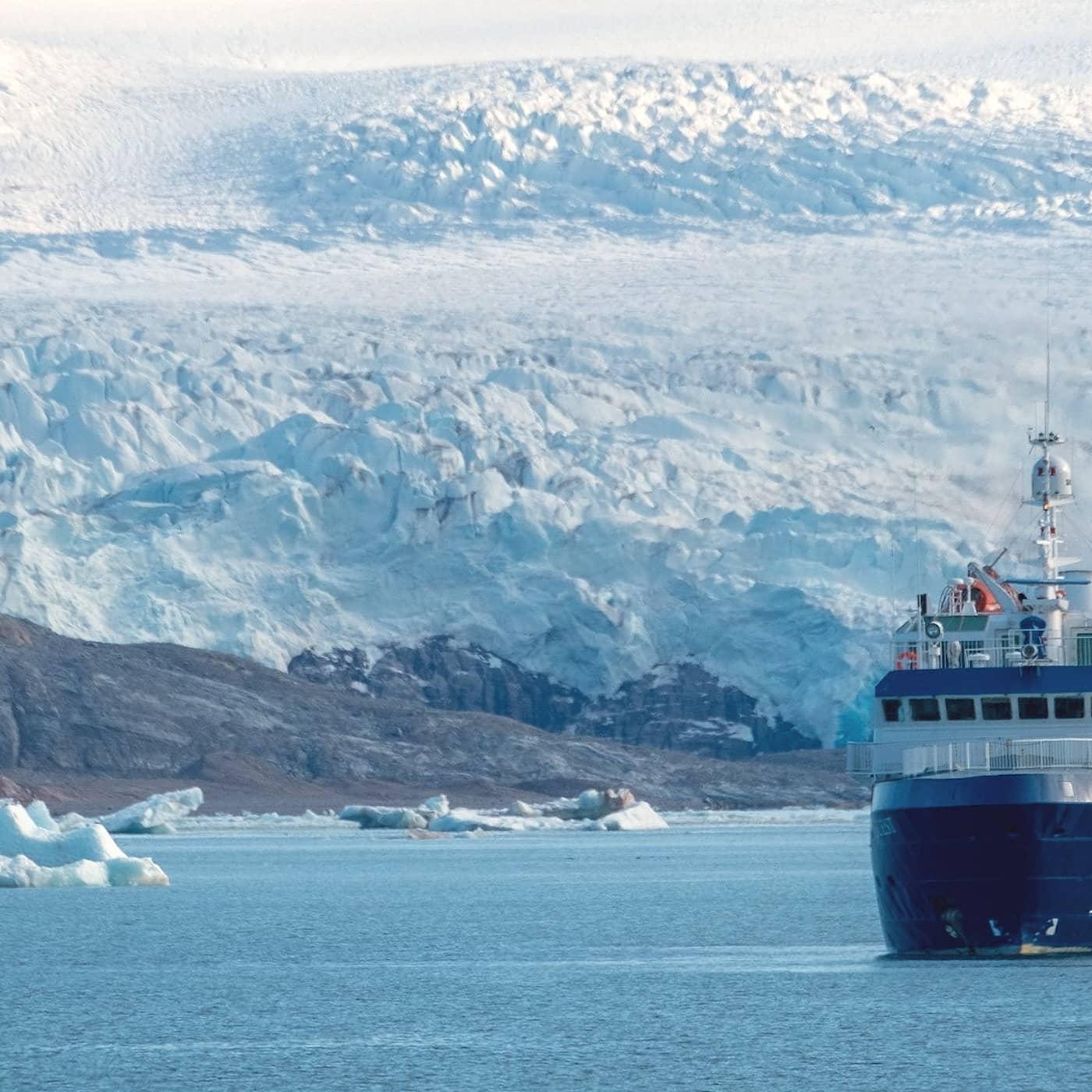 Del 1/3. Svalbard - Är polarturisten ambassadör eller marodör?